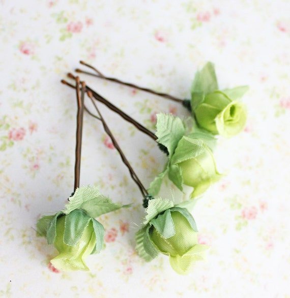 Fairytale Grass Green Flower Hair Pins. Green Flowers. Woodland. Fall. Autumn. Weddings Hair Pins. Hair Accessories.Set of 4