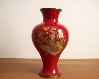 Vintage Red Lacquered Brass Vase, Chinoiserie, Hollywood Regency