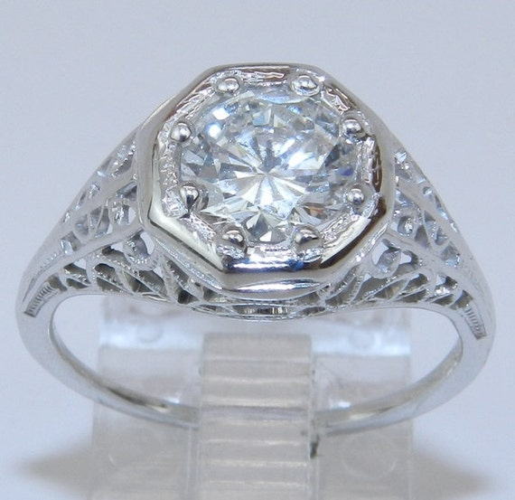 Antique Art Deco 18K White Gold 1 ct Diamond Solitaire Filigree Engagement Ring