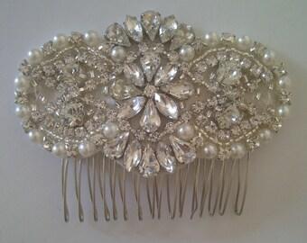 Crystal rhinestone and pearl bridal comb