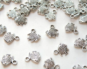 20 Little Fish charms with scales Pisces zodiac antique silver 11x9mm DB00532