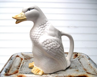 Duck pitcher water pitcher white