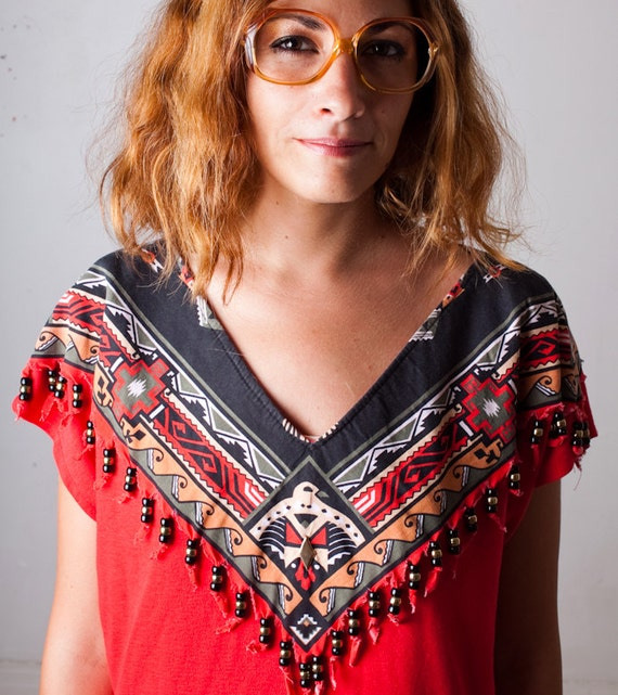 Red Hand Made 80s Vintage Indian Native American Top // Tribal Print // Eagle // Beads Fringe soft tee shirt // oversize 1980s