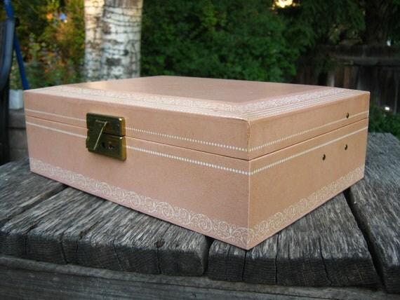Vintage Dusty Pink Jewelry Box - Mele Pink Jewelry Box - 1970s Jewelry Box
