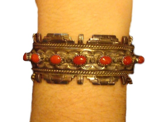 Cuff /  Indian Red Turquoise / Tribal / Bracelet / Vintage / Free Shipping in US