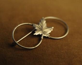 Vintage Maple Leaf Eternity Brooch