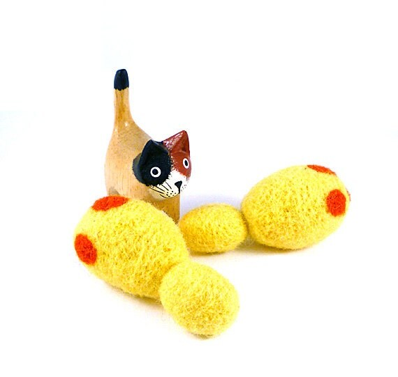 Budding Yeast Wool Catnip Cat Toy