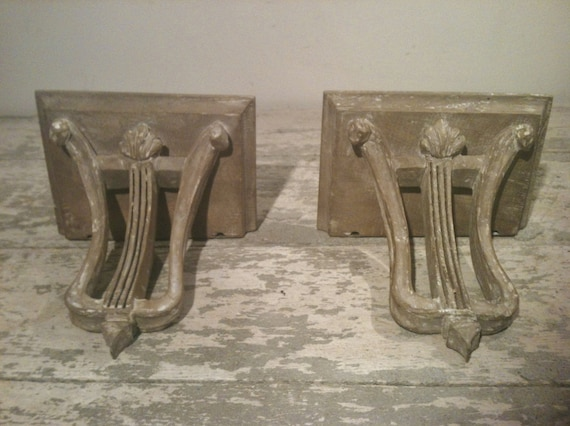 Pair of Italian Architectural Wall Brakets