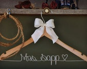 Personalized Hanger, Custom Bridal Hangers,Bridesmaids gift ideas,Wedding hangers with names,Custom made hangers