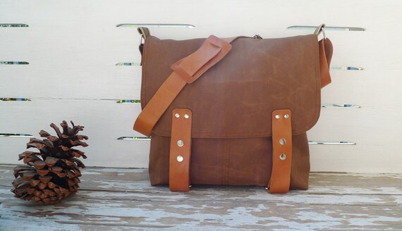 Free Express Shipping Brown  Canvas Single Leather Strap Messenger bag / Cross Body Messenger  / School / Travel / Laptop bag Diaper bag