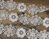 Venice Lace Trim in Ivory - Bridal Lace Trim ,Wedding Dress Supplies Costume Jewelry Design