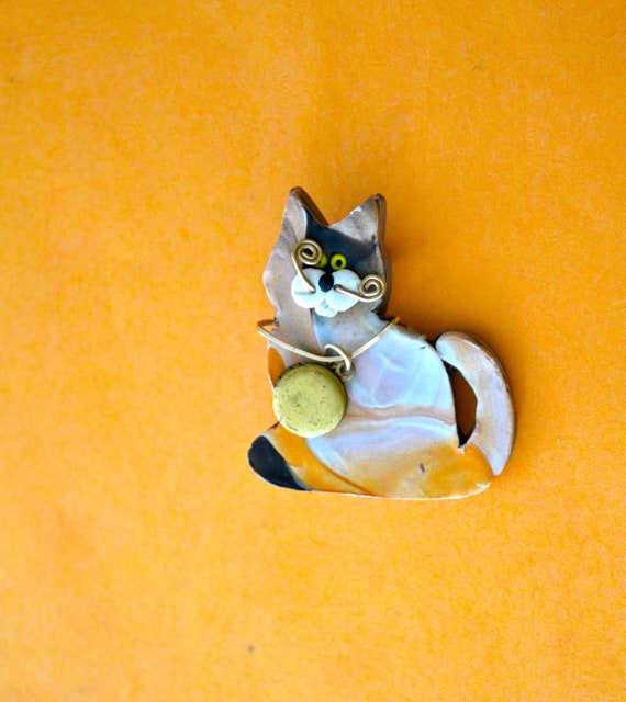 OOAK Cat Brooch, Painted Wood and Gold Tone SIGNED, VINTAGE Brooch, Cat Lover