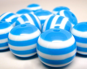 12 chunky striped beads, bubblegum beads, BLUE and WHITE, 20mm
