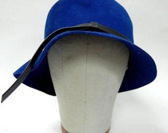 Vintage 1950s Women's Royal Blue Wool Felt Hat by Miss Lynn