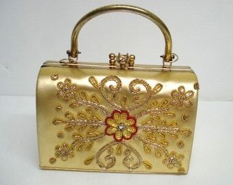 Very Pretty  VINTAGE BAG PURSE Golden Purse Gold  Color Embroidered Sequins Beads