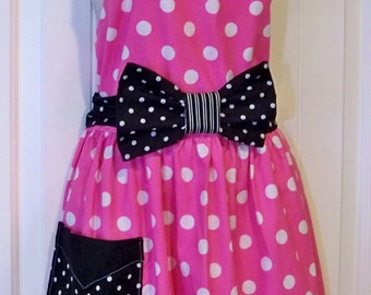 Womens Legends Minnie Mouse  Apron  Pink