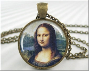 Mona Lisa Necklace, Classic Art Charm, Leonardo Da Vinci Art Pendant, Resin Picture Pendant, Round Bronze, Classic Art Gift (323RB)
