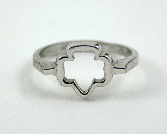 Vintage Girl Scout Ring, open trefoil, sterling silver ring, 1970s girl scout jewelry, size 5
