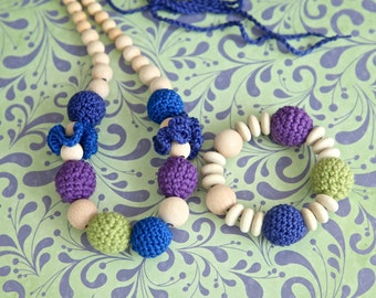 Set of 2. Teething ring toy mumy bracelet and nursing necklace. Multicolor set for baby and mom