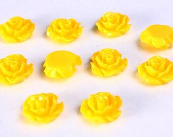 11mm Yellow flower cabochon - Yellow rosebud cabochons - Yellow rose cabochons - 3d cabochons (785) - Flat rate shipping
