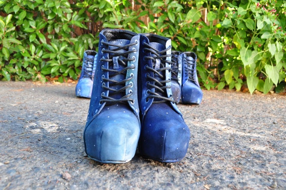 SUMMER CLEARANCE: martianwho Space Booties