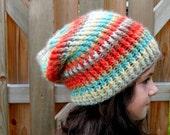 crochet slouchy hat girl