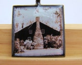 Photo Pendant, Resin Pendant, Old Log Cabin, Aged Effect, Brown, Beige, 1 inch, Square