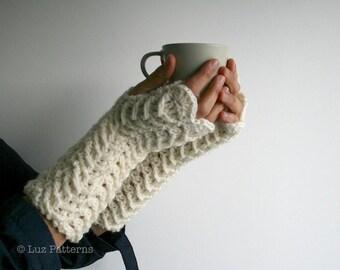 Crochet pattern, girl and women fingerless glove pattern, INSTANT DOWNLOAD wrist warmer crochet pattern(117)