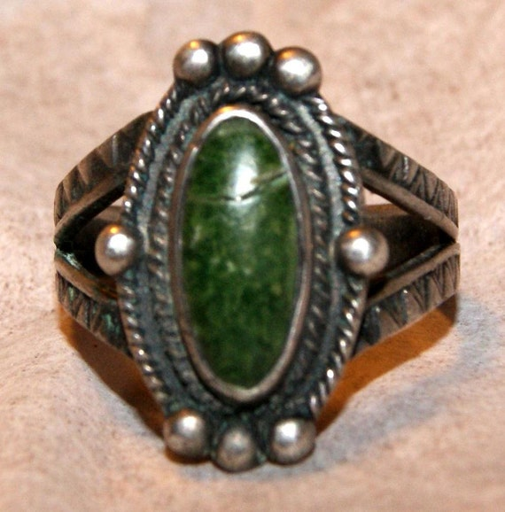 CLASSIC BELL ERA Navajo Cerrillos Turquoise Sterling Ring Size 7 c1940-1945