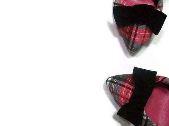 Black suede bow shoe-clips
