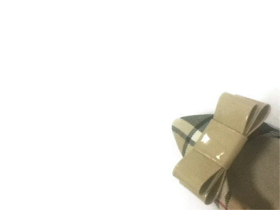 Camel,Nude,Patent Leather Bow Shoe Clips