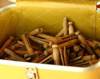 80 Vintage Wooden Clothespins, Wood Clothespins, Clothspins,Outdoor Decor, Garden Decor