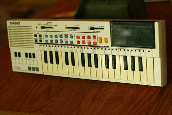 10% OFF SALE - Casio PT - 80 Vintage Keyboard, 1980 Casio, White Keyboard, 80s Electronics, Old Keyboard, Synthesizer