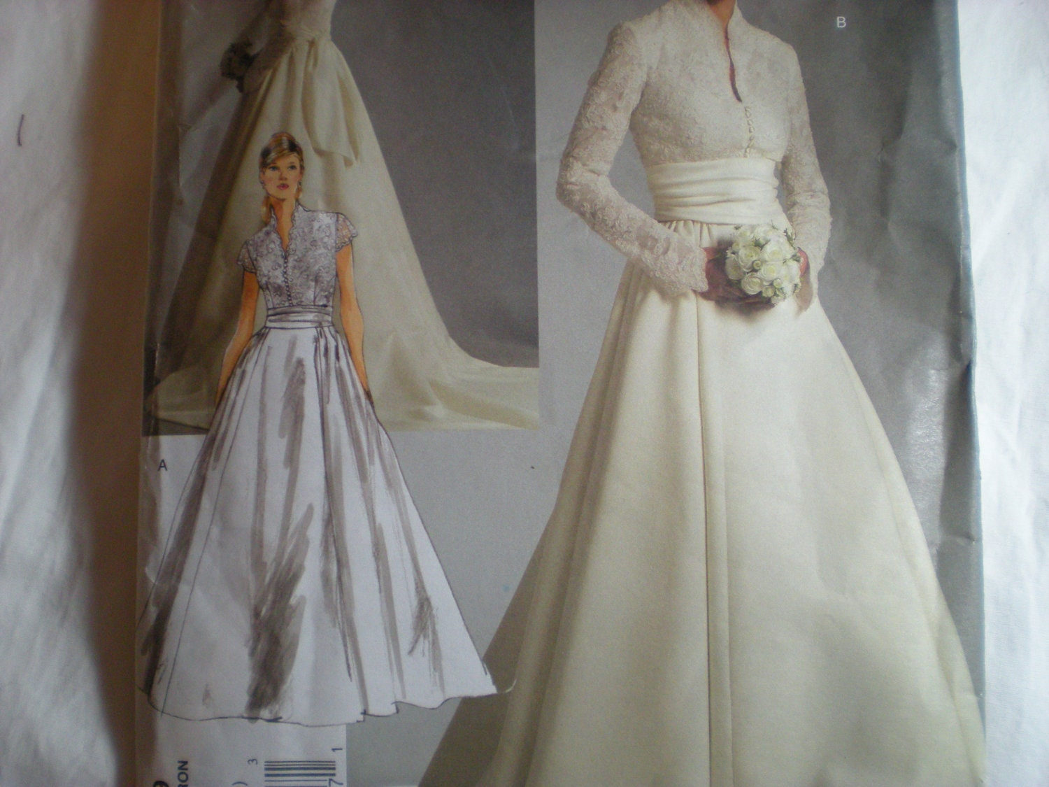 Vintage vogue wedding dress patterns for Wedding dress patterns vintage