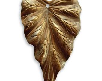 Vintaj 38x23mm Woodland Leaf - Natural Brass