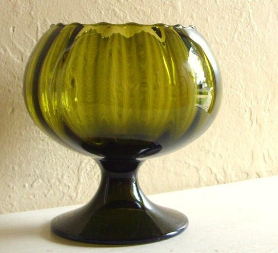 Olive Green Glass Brandy Snifter Pedestal Bowl in Excellent Condition
