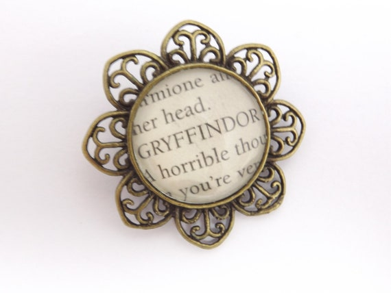 Harry Potter bronze literary spell brooch 'Gryffindor'