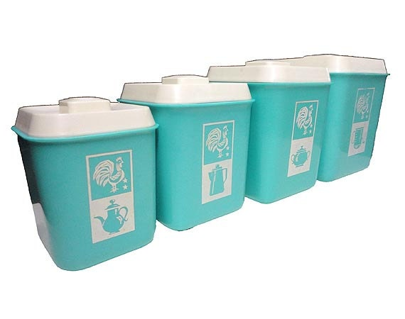 Vintage canister set rooster kitchen canisters reserved for for Kitchen set vintage