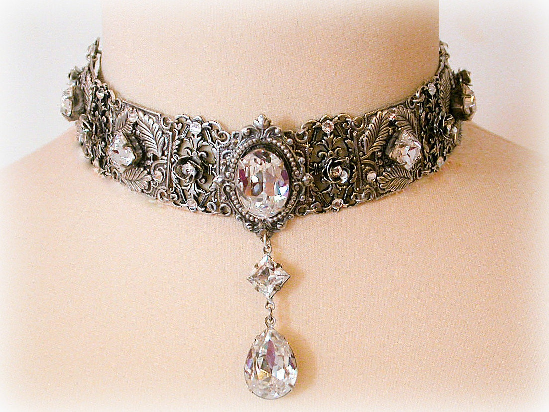 Swarovski crystal choker necklace victorian choker bridal Design and style fashion jewelry