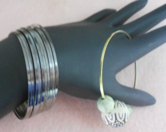 Memory Wire 1.5 gauge, flat coil large 60mm Shiny Black bracelet Great for Hoop Earrings