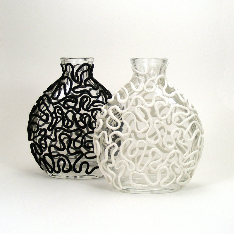 Black White Clay Lace Set Of 2 Glass Vases Entwine Victorian