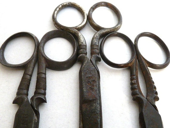 Antique French scissors .Housewares ,collectibles .Tablewares.Black. Supplies.Halloween . Eveteam