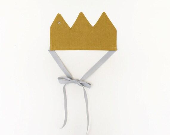Linen Crown - Prince / Princess Linen Crown - pretend toy (accessory)