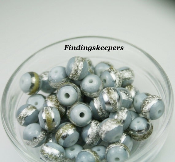 50 - 8mm Gray  Smooth Round Glass Beads With Silver strip 8b060