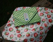 Green Gingham Strawberries Reusable Sandwich / Snack Wrap