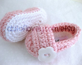 Baby Girl Infant Shoes / Slippers / Booties - White & Pink, Flower Button - YOUR choice size - (newborn - 12 months) - photo prop - clothing