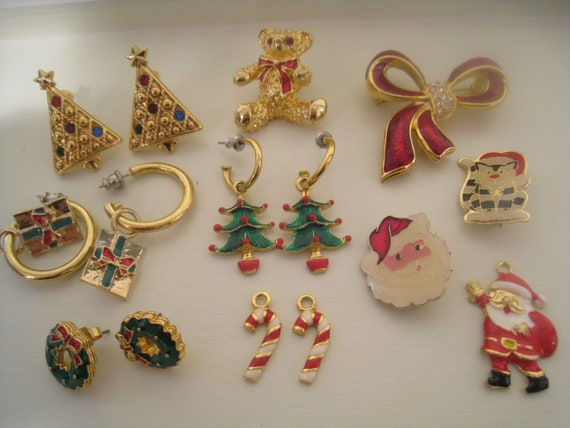 SALE Vintage Christmas Jewelry Lot of 4 Pins, 1 Santa Charm & 4 Prs. Earrings (of which one pair has extra candy cane drops)