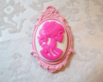 Skeleton Lady Cameo Pendant OR Brooch (pink)
