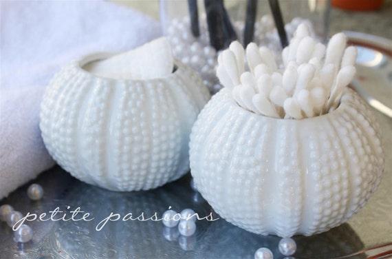 2 Porcelain Urchin Buds