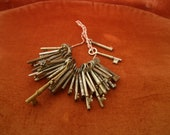 40 vintage keys